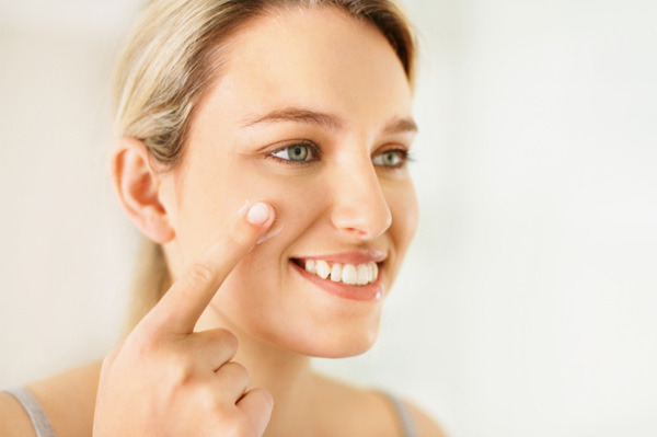 Does Acne Prone Skin Need Daily Moisturizing Treatment?