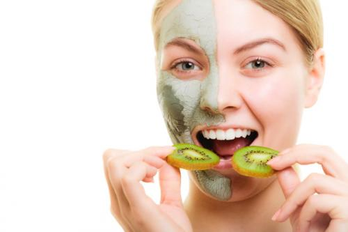 How to Help Fight Adult Hormonal Acne with Diet