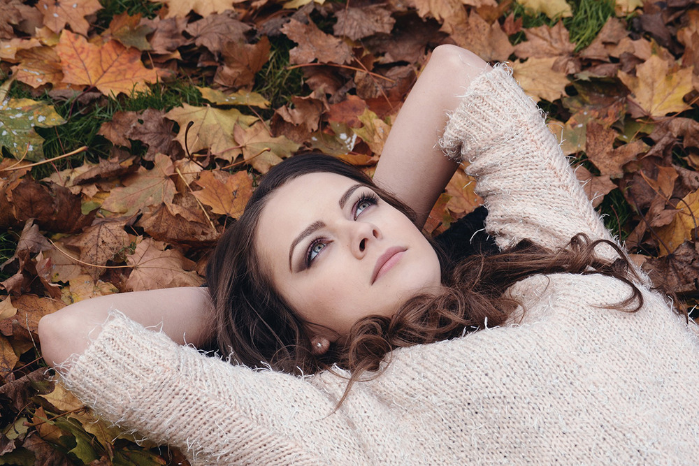 FALL IS HERE... HOW TO COMBAT ACNE SKIN THIS SEASON