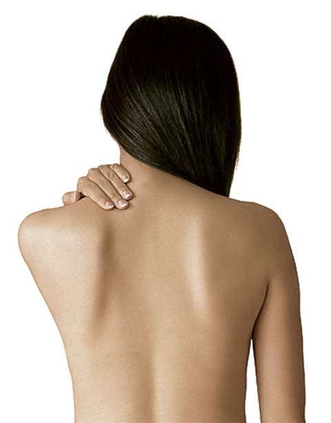A Helpful Guide to Getting Rid of Bacne (Back Acne)